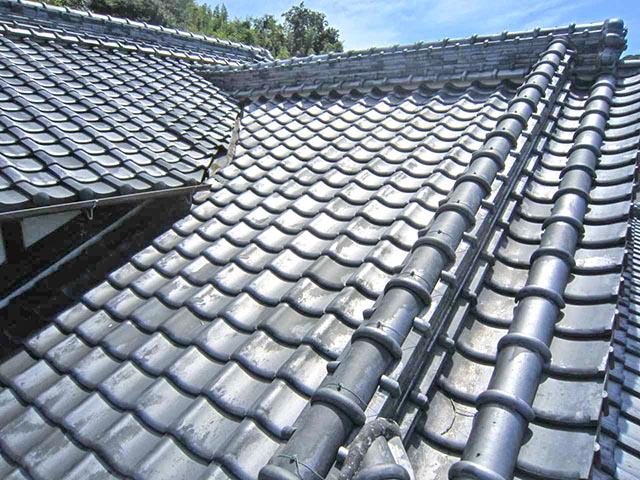 修理が必要な状態の屋根とは