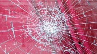 天窓のガラスは割れにくい強いガラス