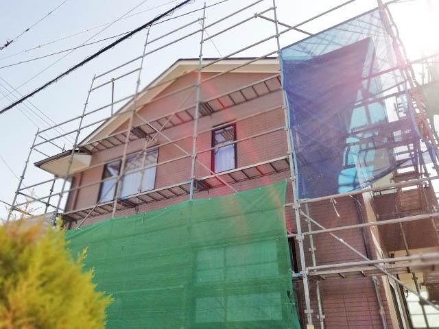 屋根塗装工事の足場の費用は自分で計算できる