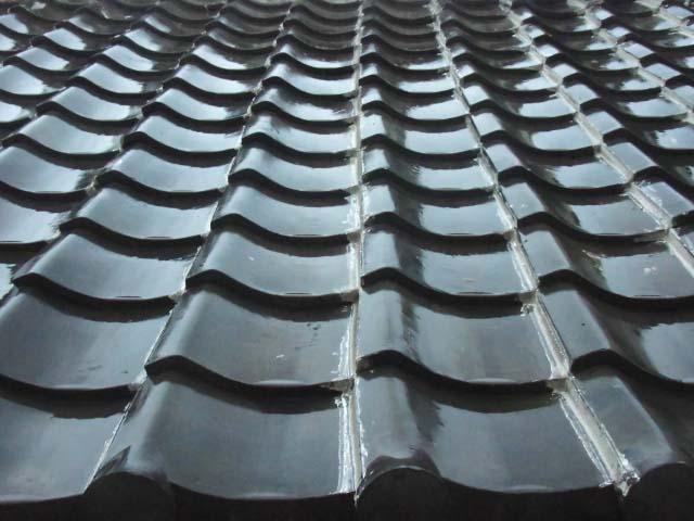 黒色の瓦の屋根は衰退している?