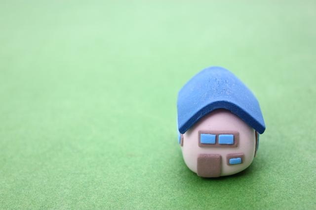 青い屋根のメリットとデメリット